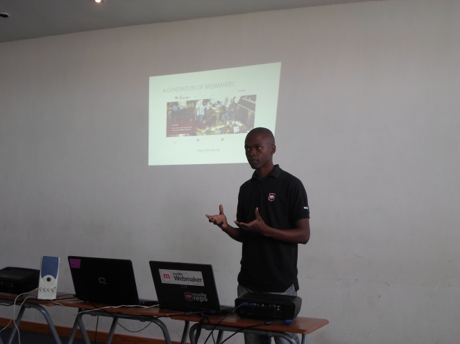 Vuyisile presenting about the state of the web